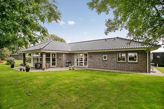Villa på Mollerup i Bredebro - Ejendommen