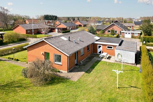 Villa på Toften i Løgumkloster - Set fra haven