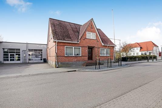 Villa på Storegade i Bredebro - Ejendommen