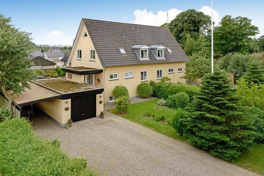 Villa på Jepsensvej i Bredebro - Ejendommen