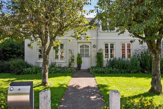 Villa på Plantagevej i Løgumkloster - Set fra vejen