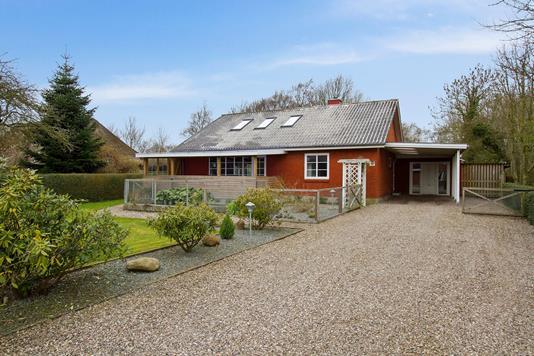 Villa på Sejerslevvej i Højer - Set fra vejen