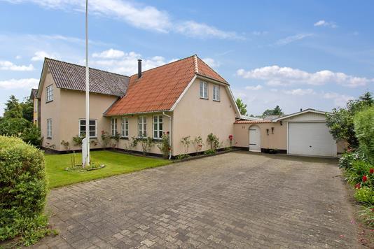 Villa på Plantagevej i Løgumkloster - Ejendommen