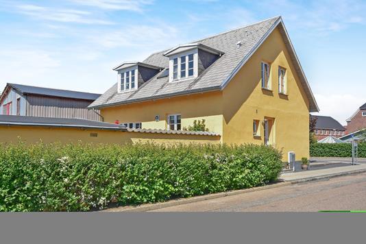 Villa på Viddingherredsgade i Tønder - Ejendommen