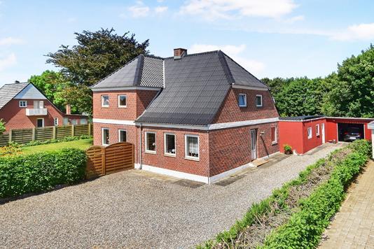 Villa på Byvej i Bredebro - Ejendommen
