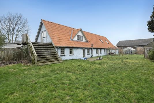 Villa på Tjørnevej i Løgumkloster - Ejendommen