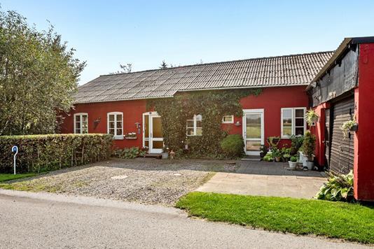 Villa på Kirkevej i Højer - Ejendommen