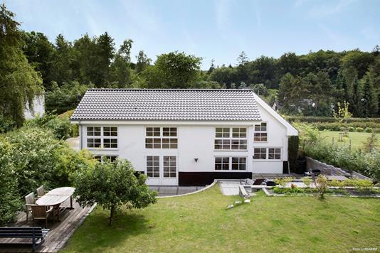 Villa på Høsterkøbvej i Hørsholm - Ejendommen