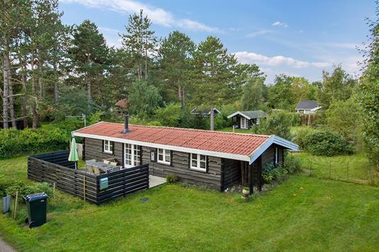 Fritidsbolig på Pajesøvej i Nykøbing Sj - Set fra haven