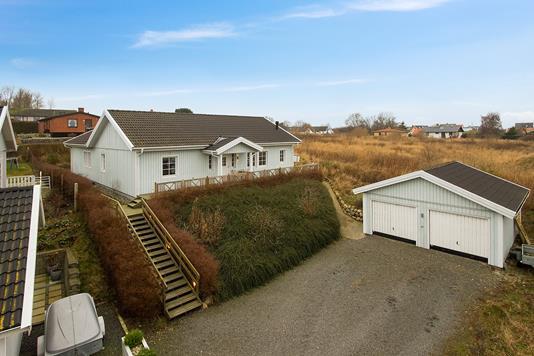 Villa på Toldstedet i Sjællands Odde - Ejendommen