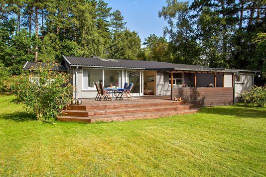 Villa på Chr Petersensvej i Nykøbing Sj - Ejendommen