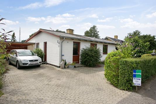 Villa på Jessensvej i Sjællands Odde - Ejendommen