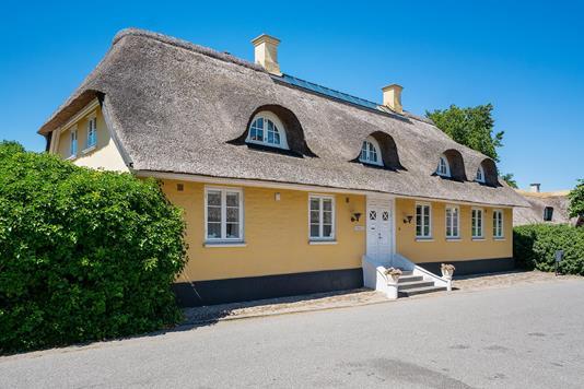 Villa på Vestergade i Rørvig - Set fra vejen
