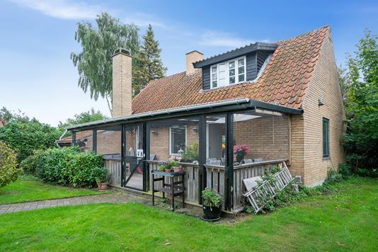 Villa på Billesvej i Nykøbing Sj - Set fra haven