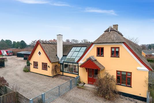 Villa på Møllebakken i Rørvig - Set fra vejen