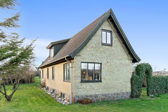 Villa på Rørvigvej i Nykøbing Sj - Set fra haven