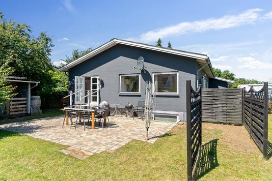 Villa på Nygårdsvej i Højby - Set fra haven