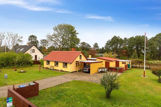 Villa på Gnibenvej i Sjællands Odde - Set fra haven