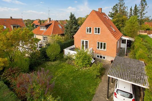Villa på Hækkevej i Hørsholm - Ejendommen