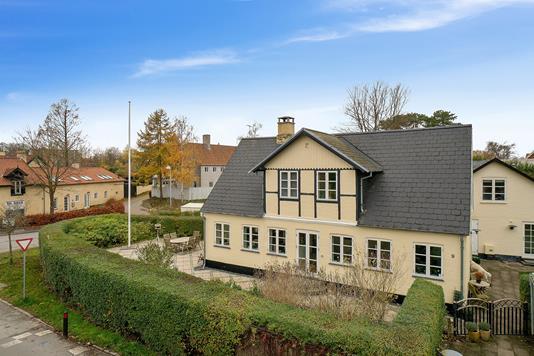 Villa på Vallerødgade i Rungsted Kyst - Ejendommen