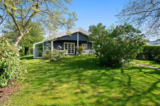 Villa på Stakkeledet i Hørsholm - Set fra haven