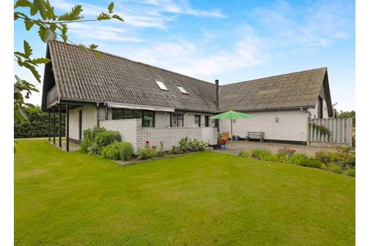 Villa på Strandvejen i Hals - Andet