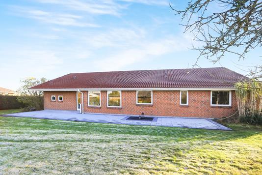 Villa på Bollen i Gandrup - Ejendommen