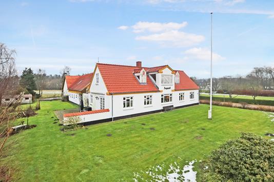 Landejendom på Sønderskovvej i Hals - Ejendommen