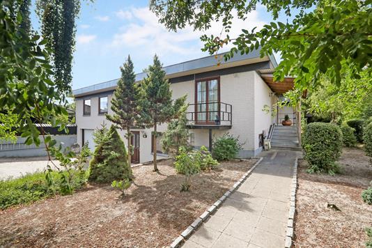Villa på Mølleparken i Hals - Ejendom 1