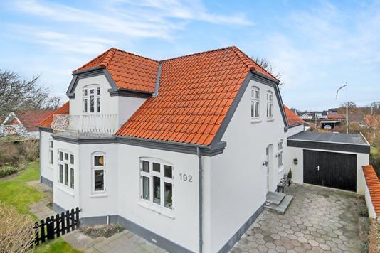 Villa på Houvej i Hals - Ejendommen