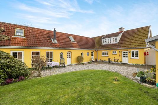 Villa på Poppelvej i Hals - Ejendommen