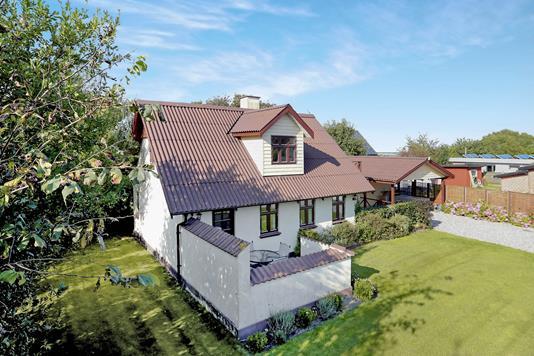 Villa på Svinget i Hals - Ejendommen