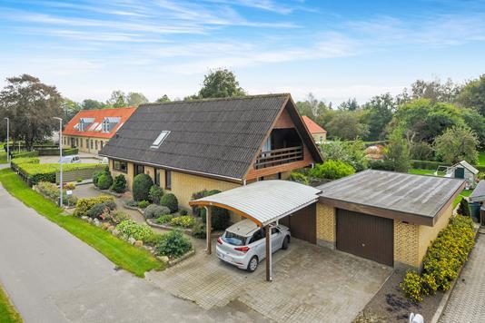 Villa på Gl Kongevej i Gandrup - Ejendommen