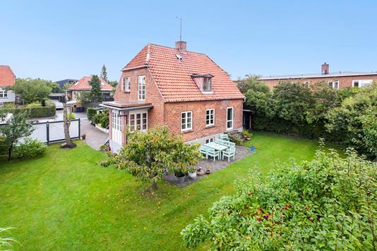 Villa på Løgumvej i Rødovre - Ejendommen
