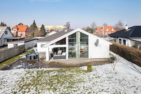 Villa på Engbovej i Rødovre - Ejendommen