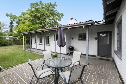 Villa på Niels Frederiksens Alle i Rødovre - Ejendommen