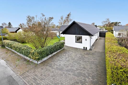Villa på Rævebakkevej i Rødovre - Ejendommen