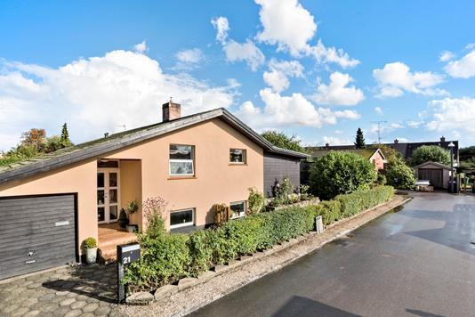 Villa på Plovstrupvej i Rødovre - Ejendommen