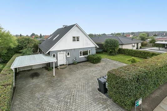 Villa på Ejbyvej i Rødovre - Ejendommen