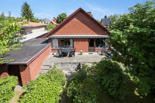 Villa på Hviddingvej i Rødovre - Ejendommen