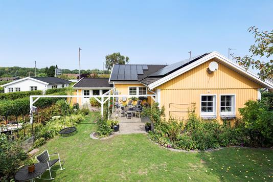 Villa på Jyllingevej i Rødovre - Ejendommen