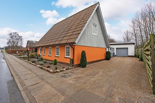 Villa på Bækkevej i Brørup - Ejendommen