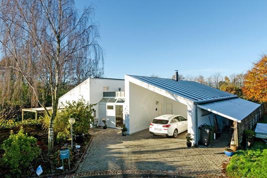 Villa på Baslund i Vejen - Ejendommen