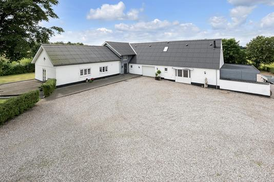 Villa på Foldingbrovej i Brørup - Ejendommen