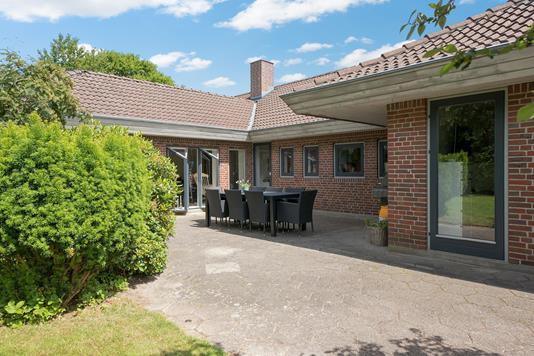 Villa på Kirsebærvej i Vejen - Overdækket terrasse