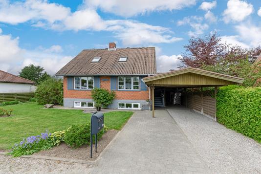 Villa på Ribevej i Brørup - Ejendommen
