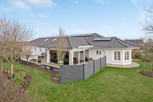 Villa på Rølkjær i Vejen - Ejendommen