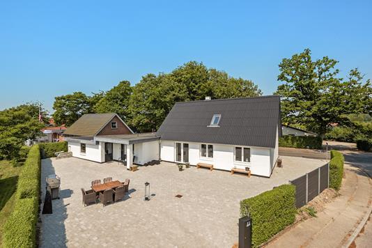Villa på Sandmarken i Vejen - Ejendommen