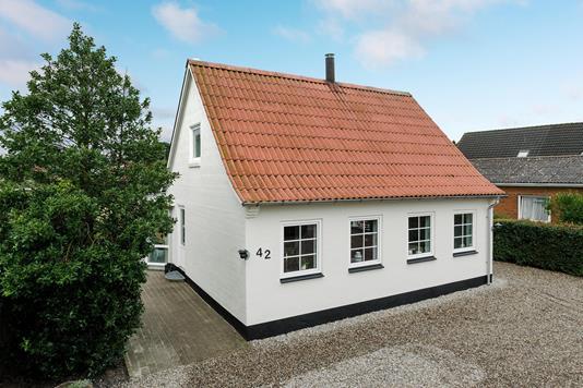 Villa på Søndergade i Bække - Ejendommen
