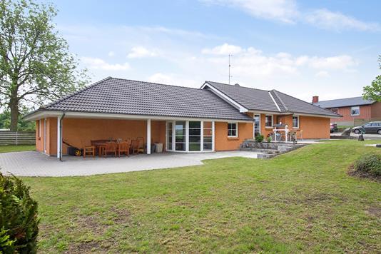 Villa på Strædet i Vemmelev - Ejendommen